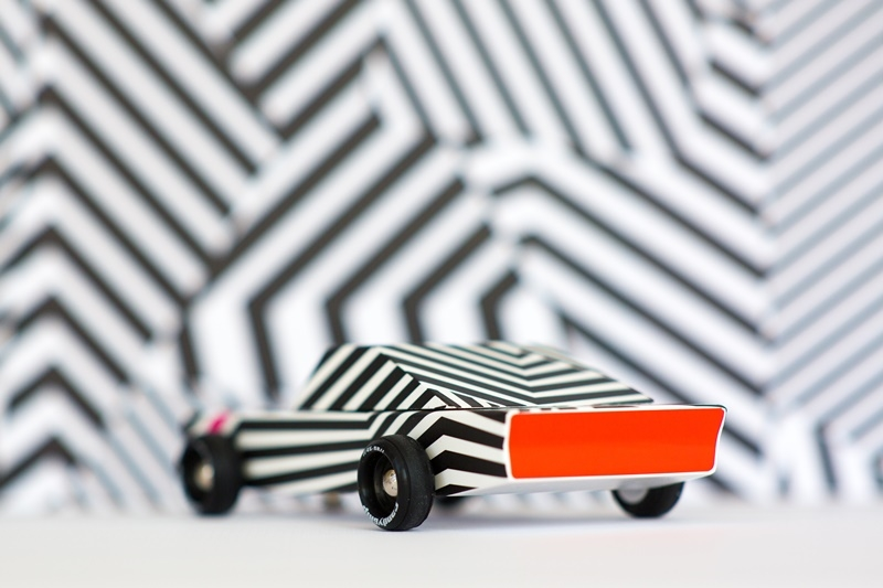 Zdjęcie Candylab Samochód Drewniany Widmo Ghost